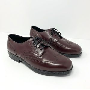 Hush Puppies sz 11 Burgundy Wing Tip Dress Shoes